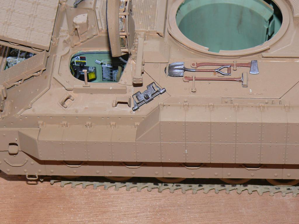 M3A3 BRADLEY w/BUSK III U.S. CAVALRY FIGHTING VEHICLE DE MENG Au 1/35 Bradle21