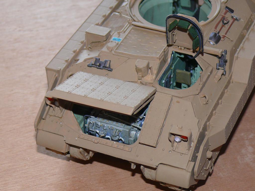 M3A3 BRADLEY w/BUSK III U.S. CAVALRY FIGHTING VEHICLE DE MENG Au 1/35 Bradle23