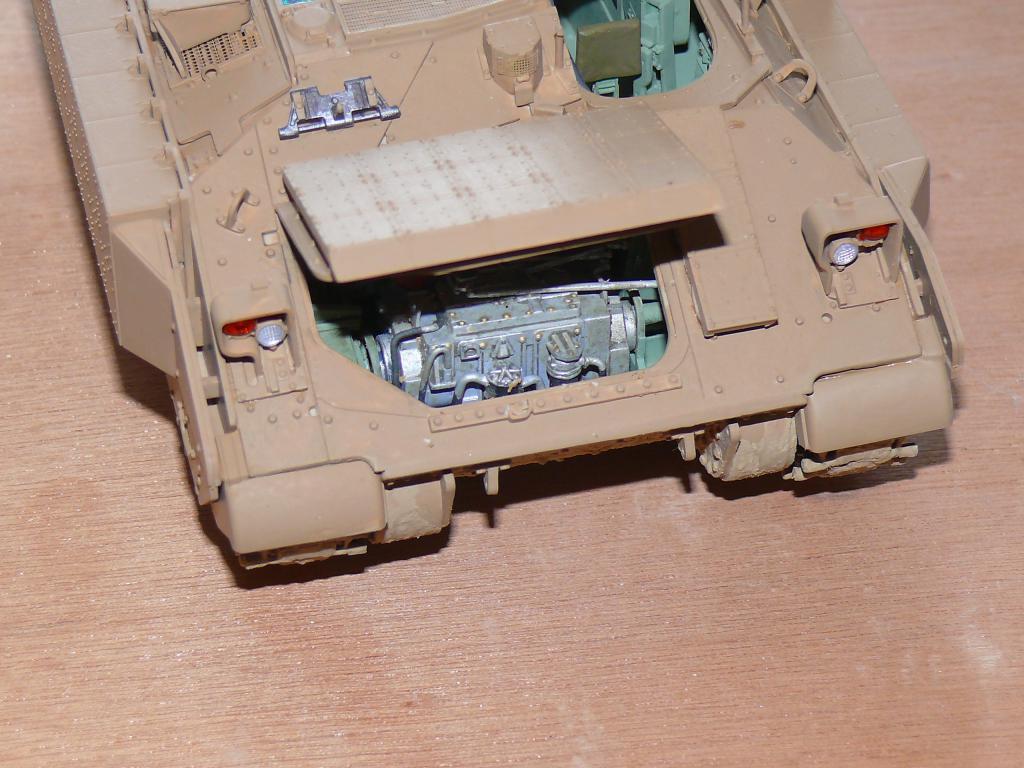 M3A3 BRADLEY w/BUSK III U.S. CAVALRY FIGHTING VEHICLE DE MENG Au 1/35 Bradle24