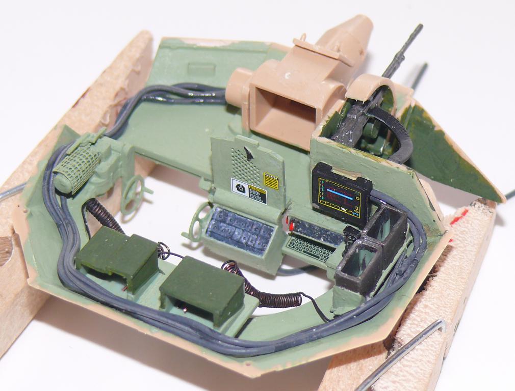 M3A3 BRADLEY w/BUSK III U.S. CAVALRY FIGHTING VEHICLE DE MENG Au 1/35 Bradle31