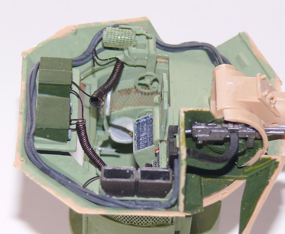 M3A3 BRADLEY w/BUSK III U.S. CAVALRY FIGHTING VEHICLE DE MENG Au 1/35 Bradle48