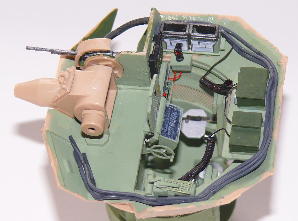 M3A3 BRADLEY w/BUSK III U.S. CAVALRY FIGHTING VEHICLE DE MENG Au 1/35 Bradle50