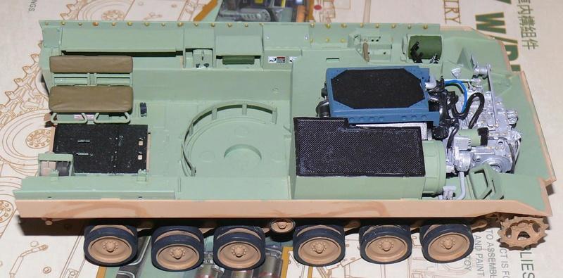 M3A3 BRADLEY w/BUSK III U.S. CAVALRY FIGHTING VEHICLE DE MENG Au 1/35 M3a3_b24