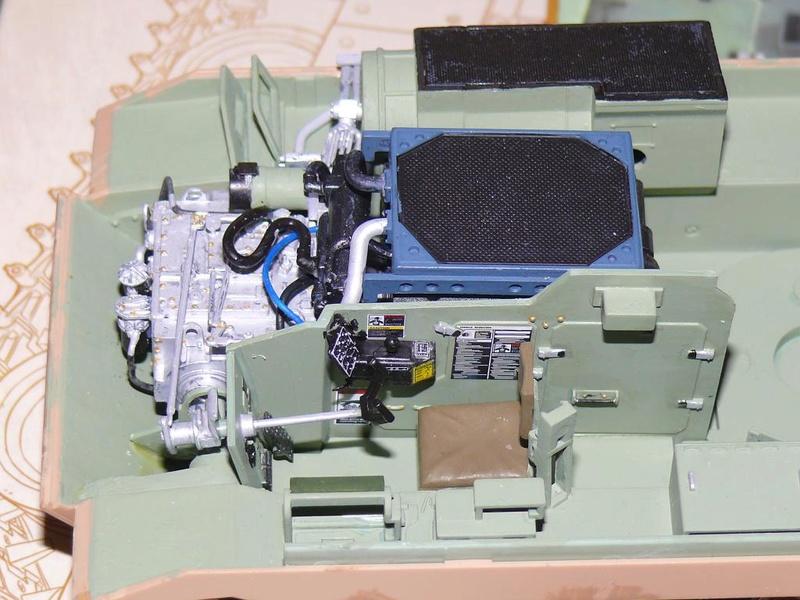 M3A3 BRADLEY w/BUSK III U.S. CAVALRY FIGHTING VEHICLE DE MENG Au 1/35 M3a3_b36
