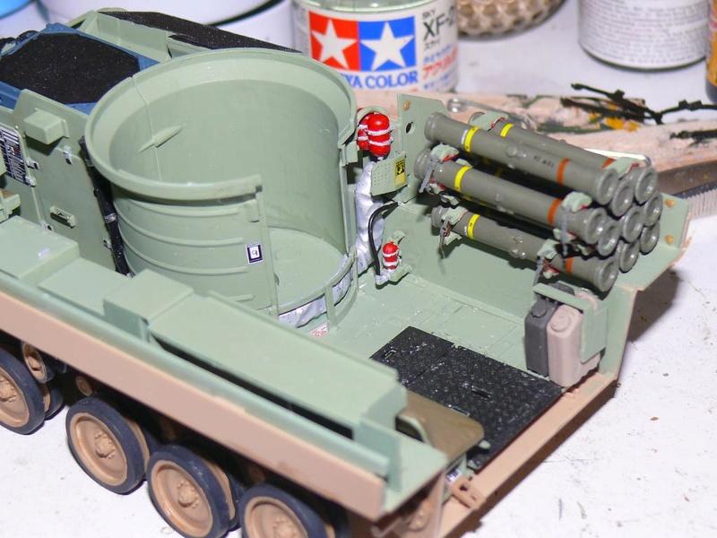 M3A3 BRADLEY w/BUSK III U.S. CAVALRY FIGHTING VEHICLE DE MENG Au 1/35 M3a3_b40