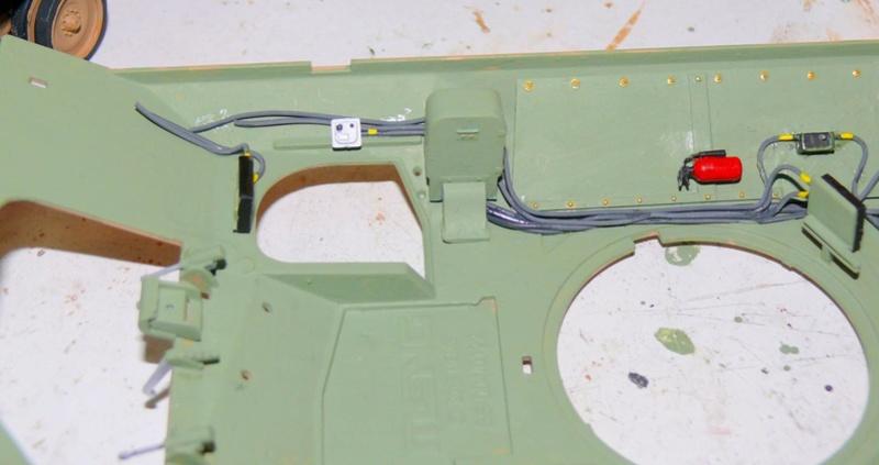 M3A3 BRADLEY w/BUSK III U.S. CAVALRY FIGHTING VEHICLE DE MENG Au 1/35 M3a3_b46