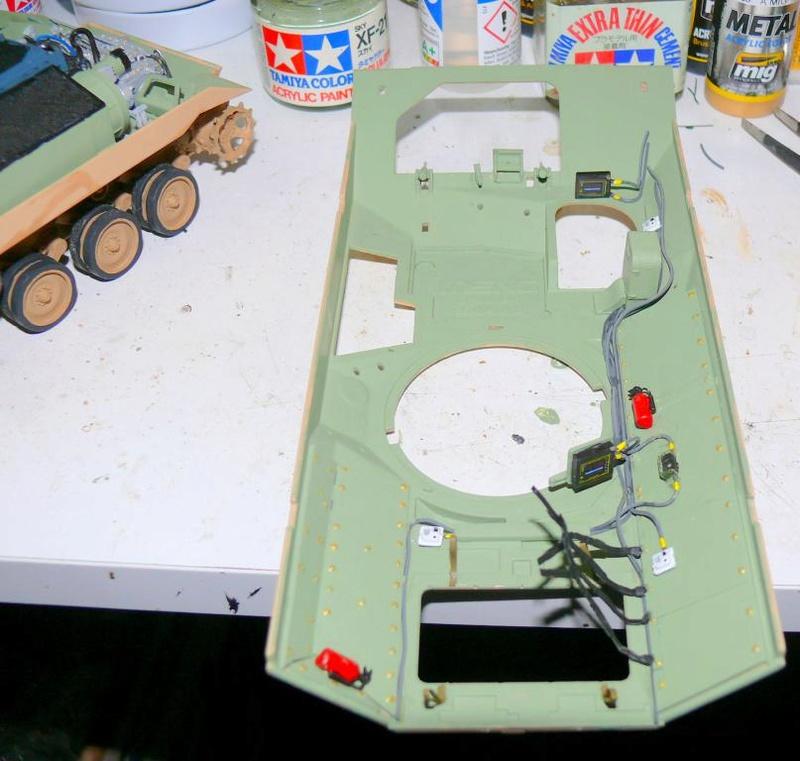 M3A3 BRADLEY w/BUSK III U.S. CAVALRY FIGHTING VEHICLE DE MENG Au 1/35 M3a3_b48