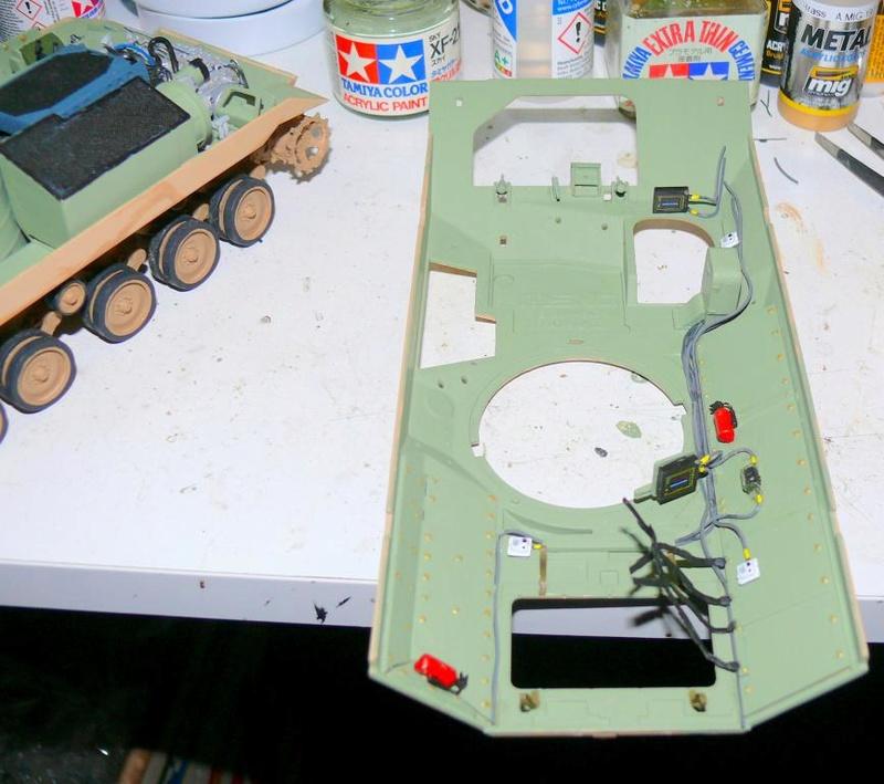 M3A3 BRADLEY w/BUSK III U.S. CAVALRY FIGHTING VEHICLE DE MENG Au 1/35 M3a3_b51