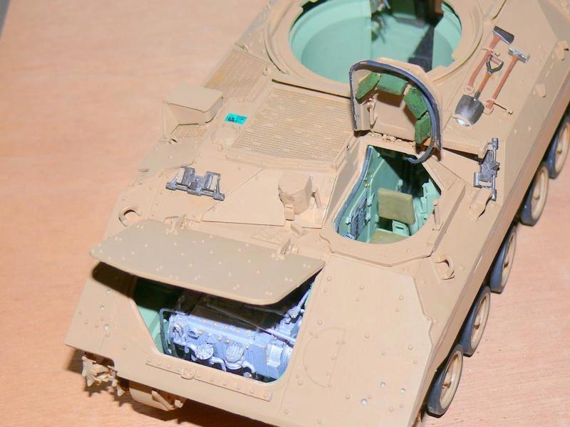 M3A3 BRADLEY w/BUSK III U.S. CAVALRY FIGHTING VEHICLE DE MENG Au 1/35 M3a3_b61