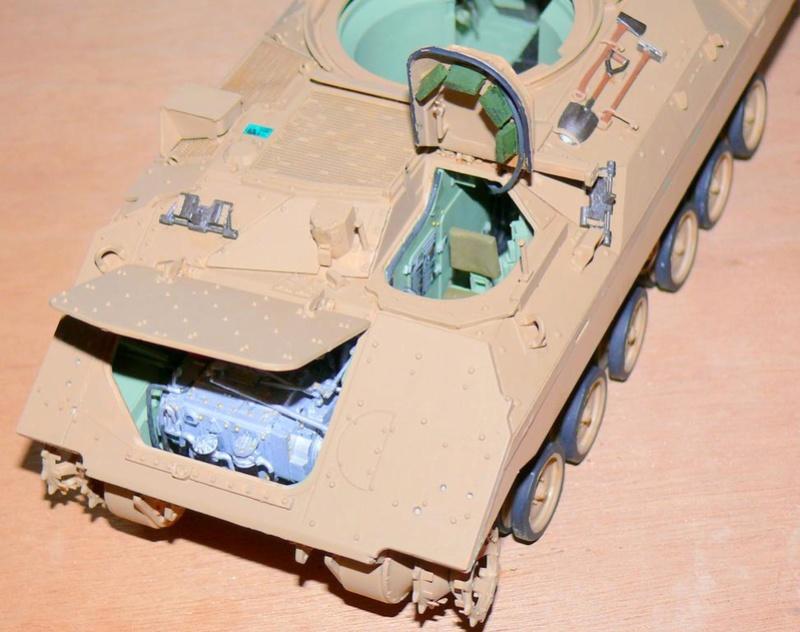 M3A3 BRADLEY w/BUSK III U.S. CAVALRY FIGHTING VEHICLE DE MENG Au 1/35 M3a3_b62