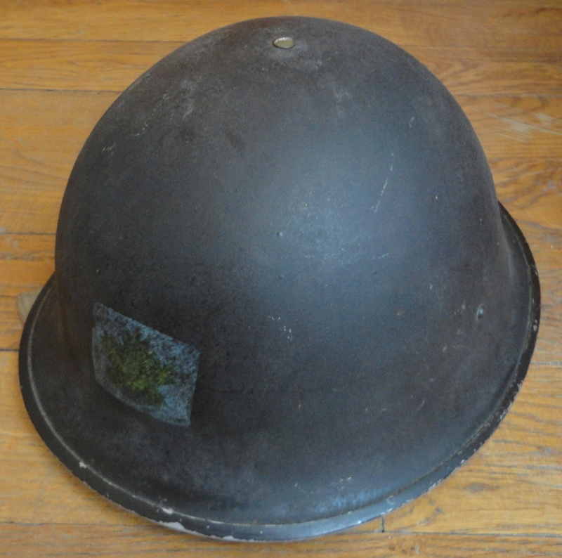 MKIII helmet with 3rd division insigna Dsc01610