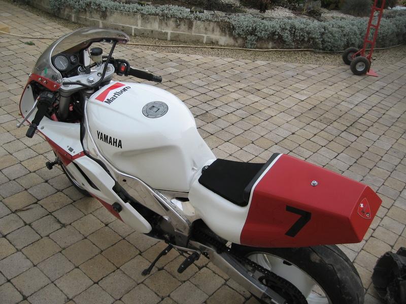 YAMAHA 1000 FZR Piste Img_6012