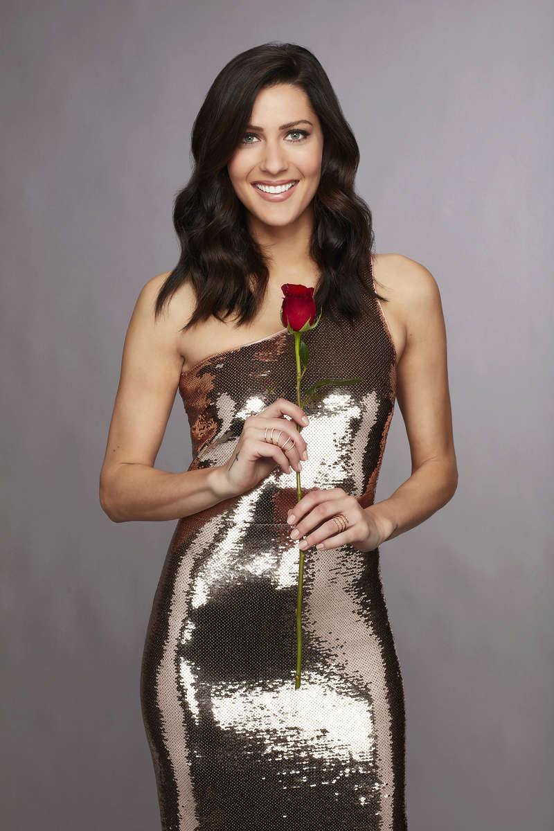 Bachelorette 14 - Becca Kufrin - ScreenCaps - NO Discussion - *Sleuthing Spoilers* 14889223