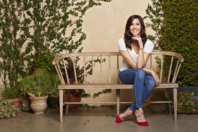 Bachelorette 14 - Becca Kufrin - ScreenCaps - NO Discussion - *Sleuthing Spoilers* 14889226