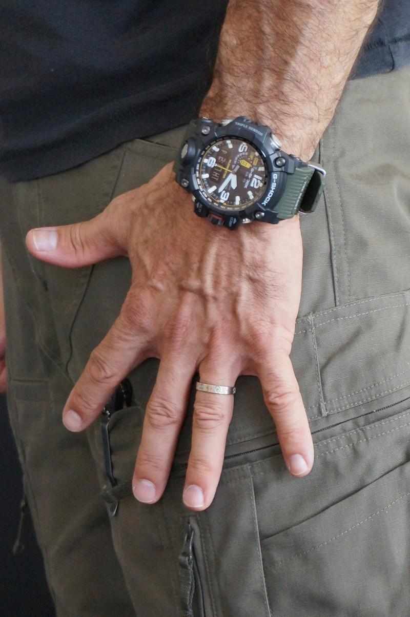"""Les montres Outdoor ou """" Look Tactique  """" Dsc01310"""
