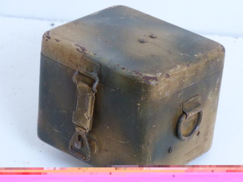 boite pour optique de mortier allemand  5cm et 8cm  P1000745