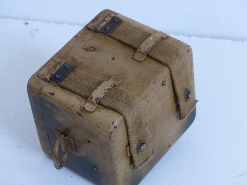 boite pour optique de mortier allemand  5cm et 8cm  P1000747