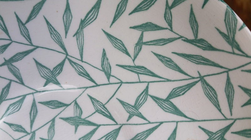 Teal glaze _ leaf type pattern 20171219