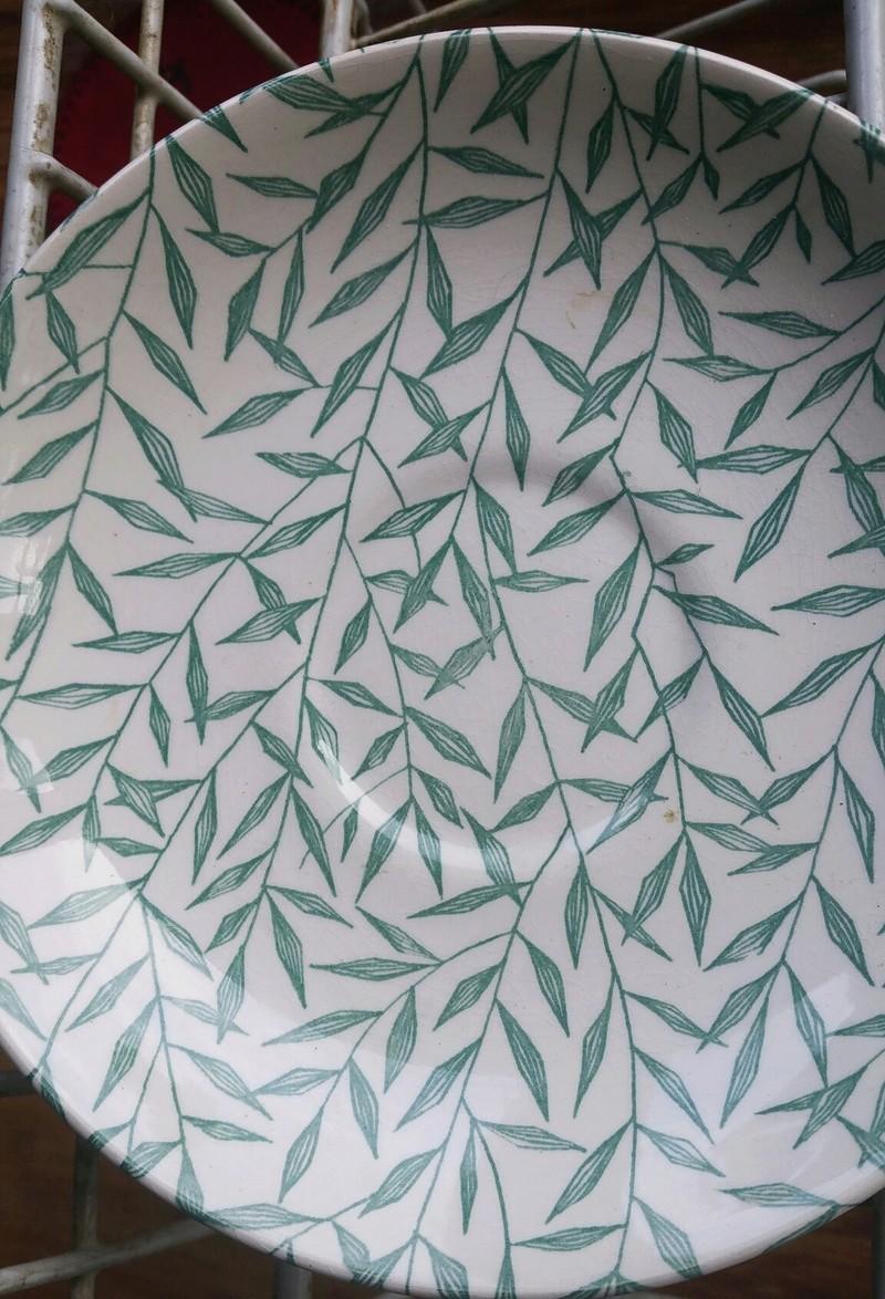Teal glaze _ leaf type pattern 20171220