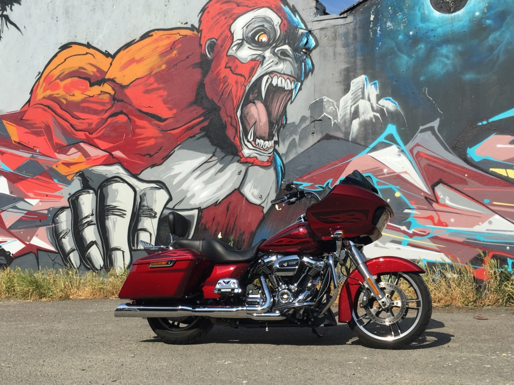 Street Glide VS Road Glide  - Page 7 Img_4217
