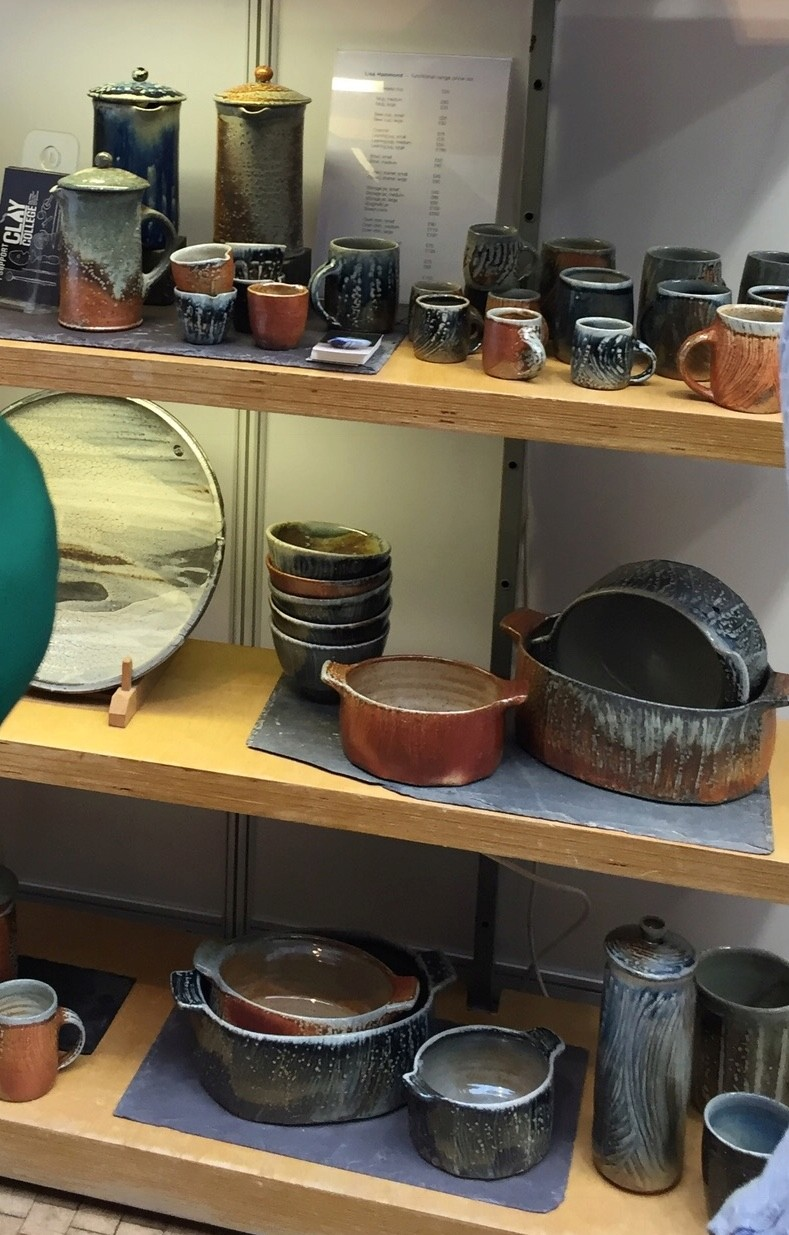 Lisa Hammond, Maze Hill Pottery - Page 2 2763a810