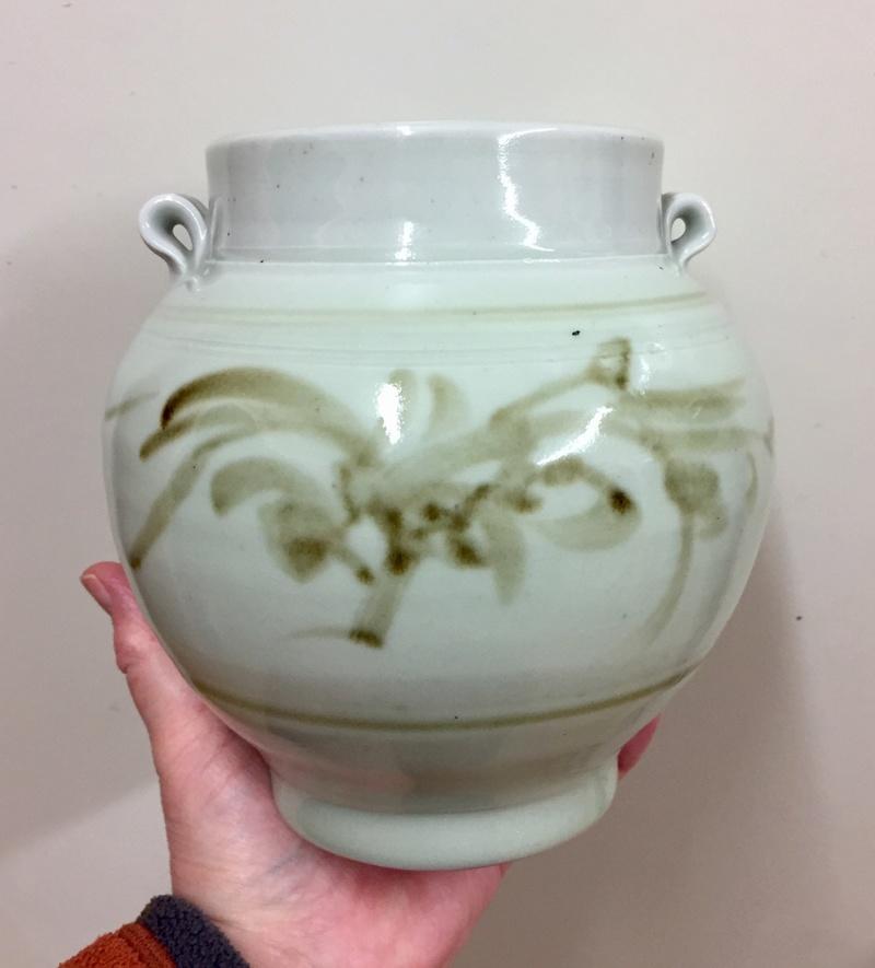 Celadon glazed vase  660d4810