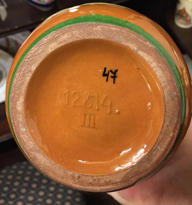 Basket-like brown glazed terracotta bowl thingummy 70334510