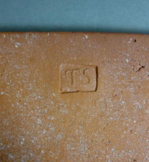 Slipware tile 92c97b10