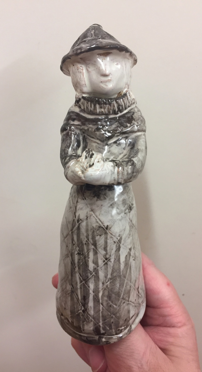 Singing chorister figure holding book   E30d1b10
