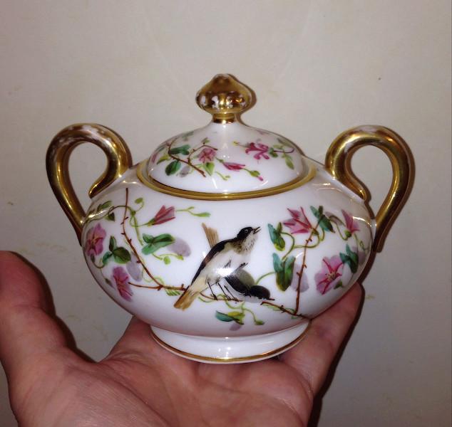Sugar bowl - Demartial &  Tallandier of Limoges Img_1610