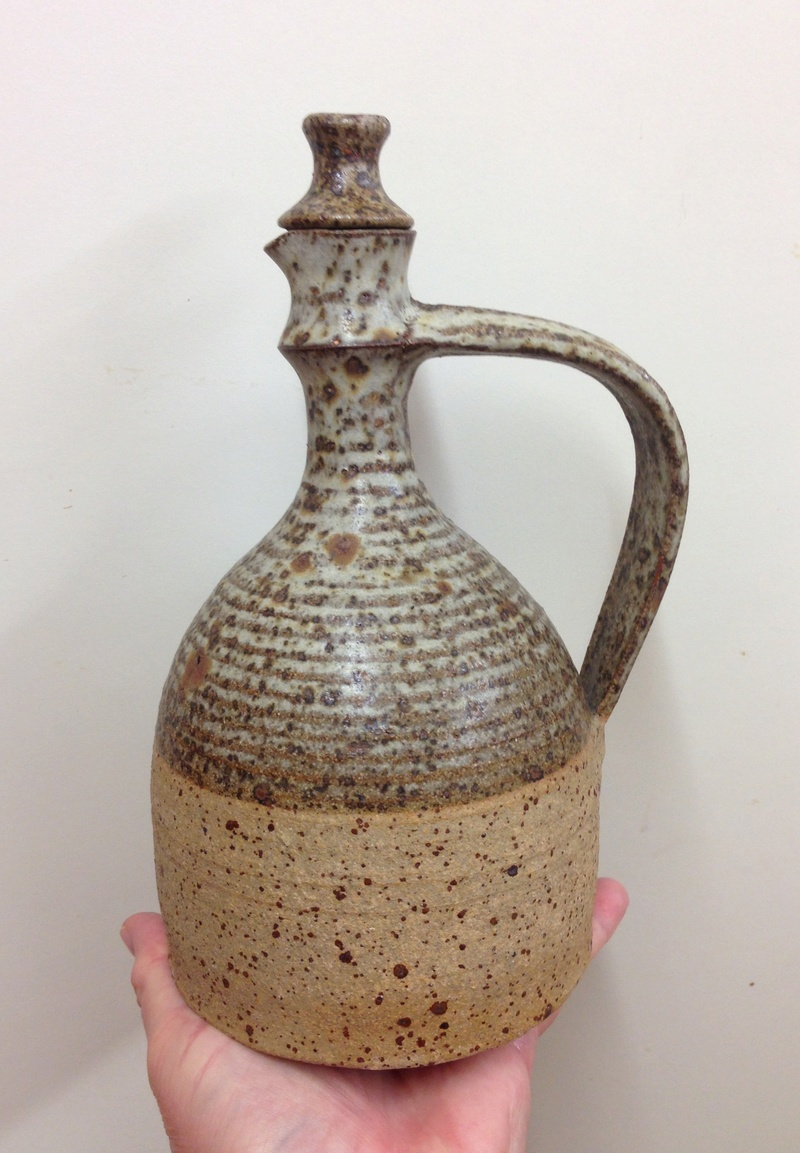 Bottle jug with anchor mark 1972 - John Buchanan Hayle pottery Img_5918