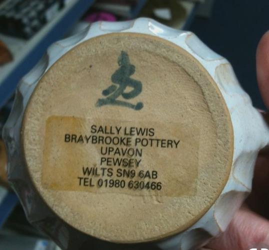 Sally Lewis, Braybrooke Pottery - SL mark  Img_6014