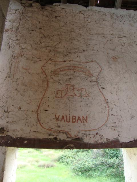 "FRESQUES Groupement N° 4 ""VAUBAN"" et N°16 "" MISTRAL"" ,N° 20 ""TURENNE"" 17567810"