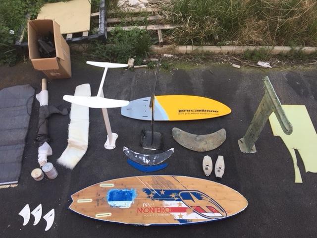 ANNULE : Foil + 2 planches + moules + matériel moulage Img_5311