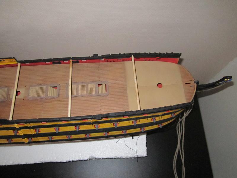 HMS Victory 1/100 Heller - Page 3 Img_1018