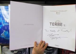 [Livre] TERRE(s) de Thomas Pesquet Img_0311