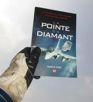 [Livre Aviation] La Pointe du Diamant par Yannick Piart Img_1012