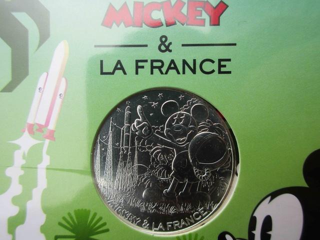 Pièce de 10 euros argent Mickey 2018 - ''Compte à rebours'' avec Kourou et Ariane 5 Img_1221
