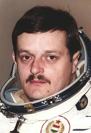 Disparition de Bela Magyari (1949-2018), cosmonaute d'oublure du 1er hongrois dans l'espace Magyar10