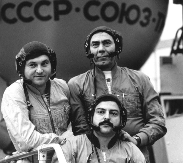 30ème anniversaire du lancement de Soyouz TM-4 Soyouz10