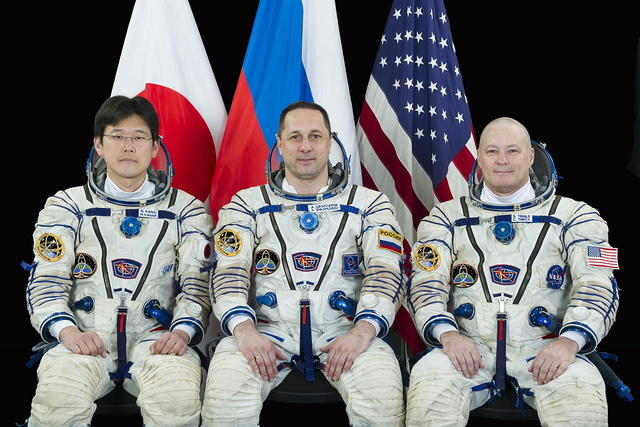 Expedition 54 / Nomination de l'équipage Soyuz-10