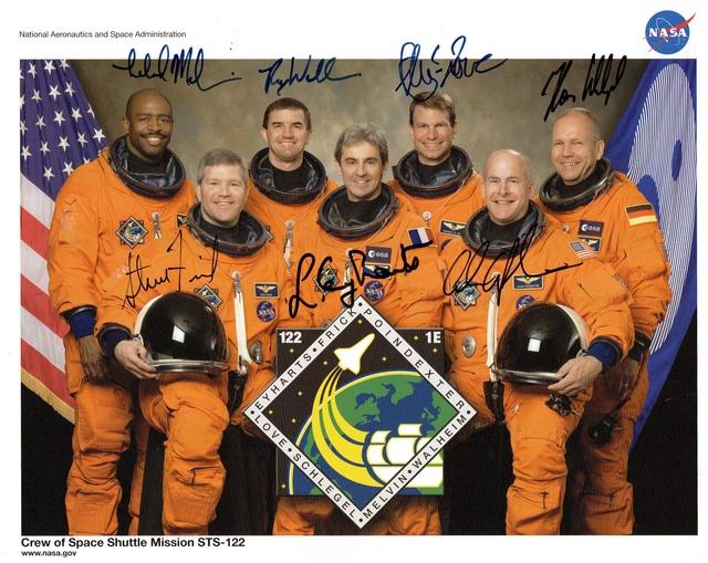 10ème anniversaire du module européen Columbus - 7 février 2008 Sts-1211