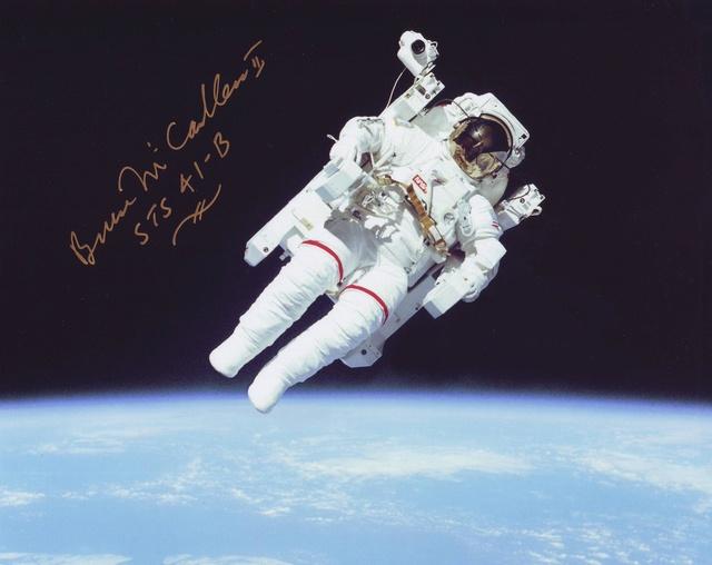 Disparition de l'astronaute Bruce McCandless (1937 - 2017) Sts-4110