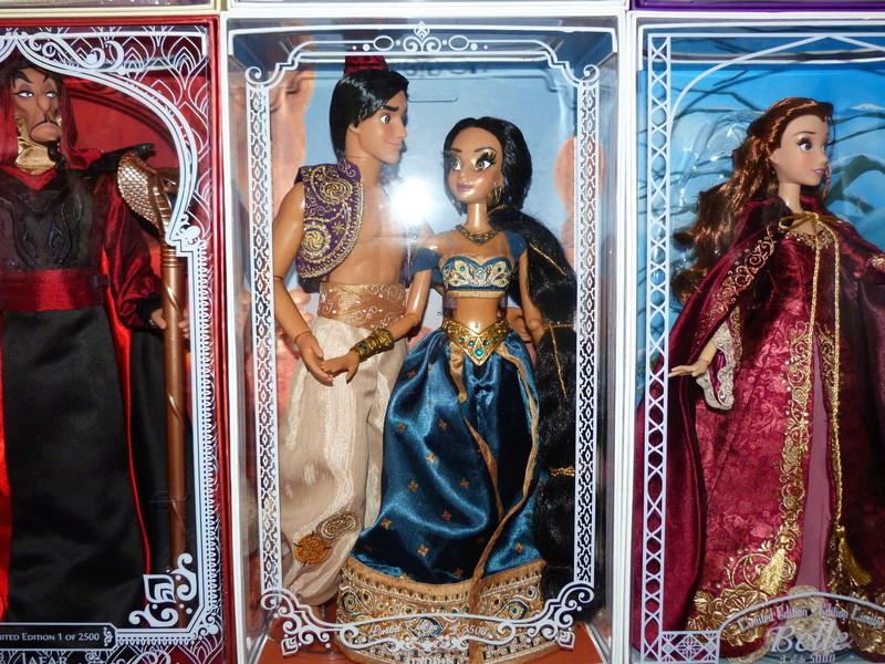 Disney Store Poupées Limited Edition 17'' (depuis 2009) - Page 20 P1650212