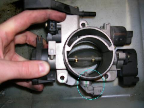 [ Peugeot 207 1.4 16v an 2006 ] Problème de ralenti anormalement haut Rfn_9310