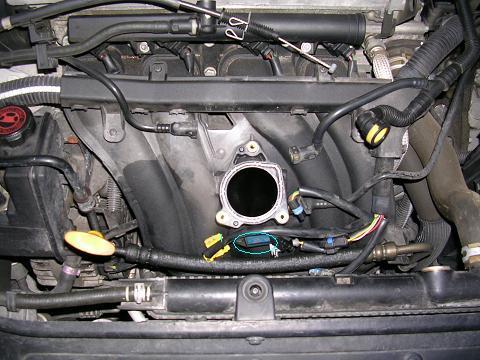 [ Peugeot 207 1.4 16v an 2006 ] Problème de ralenti anormalement haut Rfn_9311