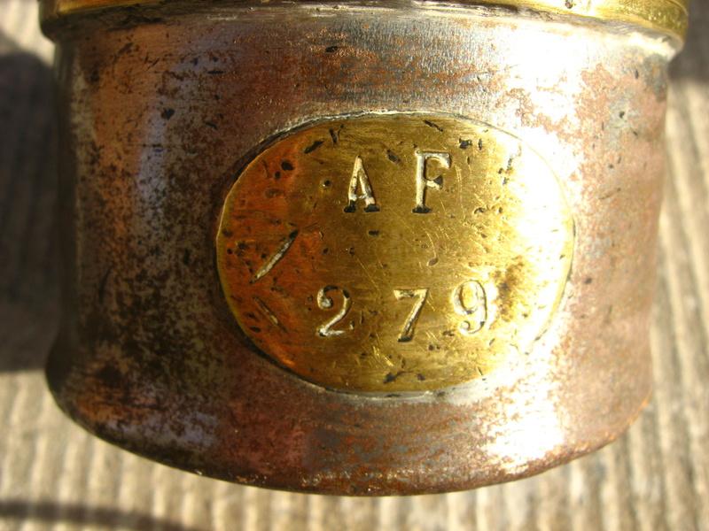 lampes de mineurs,  divers objets de mine, outils de mineur et documents  - Page 8 Img_1026
