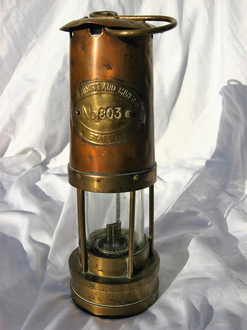 lampes de mineurs,  divers objets de mine, outils de mineur et documents  - Page 8 Img_1115
