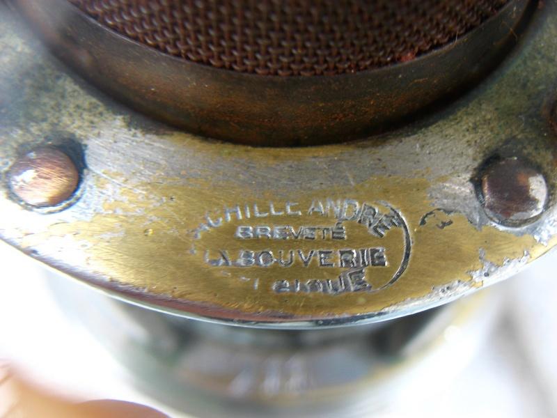 lampes de mineurs,  divers objets de mine, outils de mineur et documents  - Page 8 Img_1135