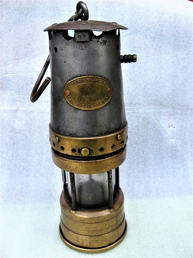 lampes de mineurs,  divers objets de mine, outils de mineur et documents  - Page 8 Img_1239